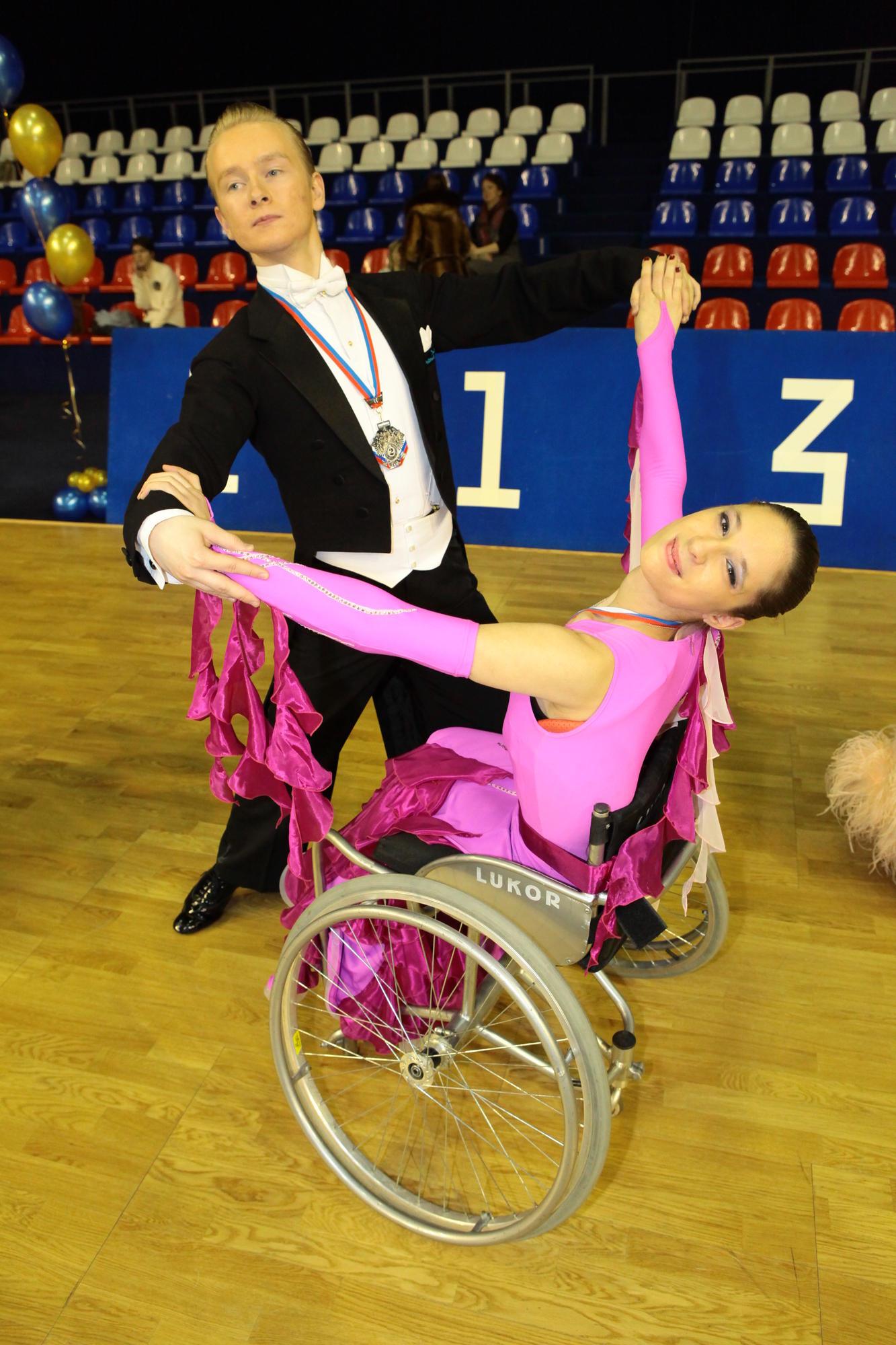 чемпионат украины по спортивным танцам на колясках